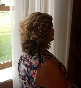 hair-short-curly