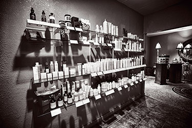 laurentian-salon-giants-ridge-products-booking-img-edited